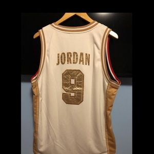sports shoes f9e89 b178e Nike Michael Jordan gold edition olympic jersey